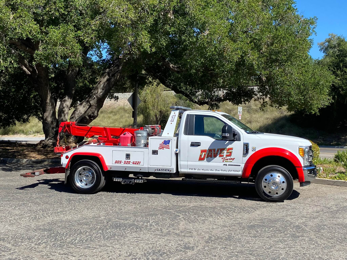 one of Dave's Towing Service vehicle
